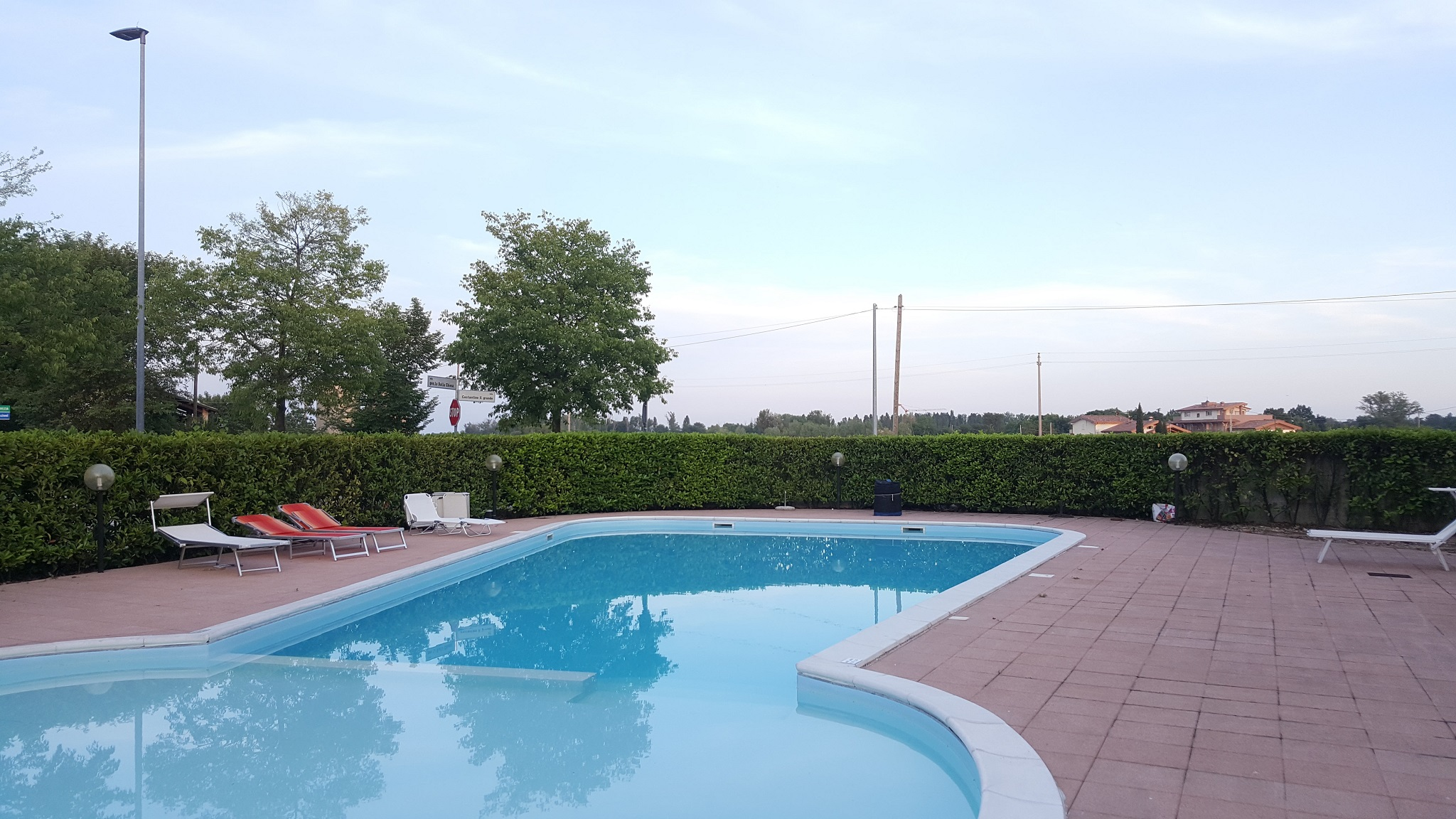Rosaria's Home in Desenzano and Sirmione - Exterior Swimming pool