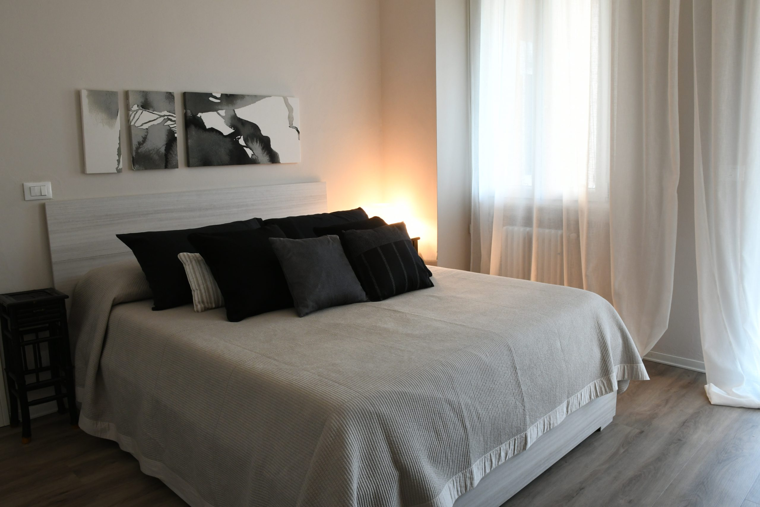 Rossanella's Place in Lake Garda - Bedroom King size bed
