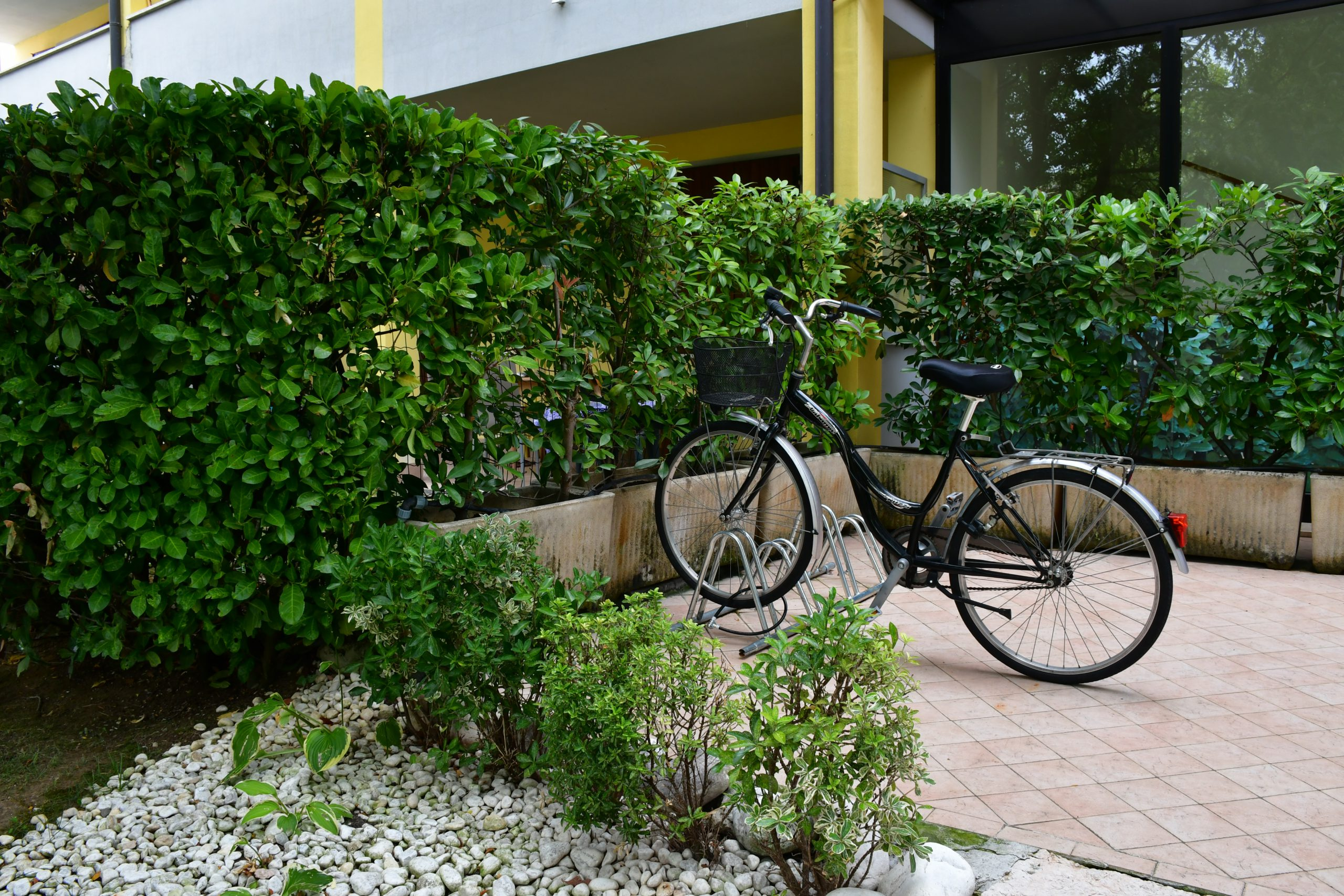 SIMONA'S HOME Apartment in Desenzano and Sirmione - Exterior Bike shelter